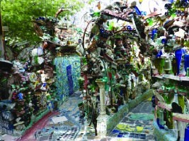 Isaiah Zagar, The Magic Garden + over 100 mosaic murals on buildings